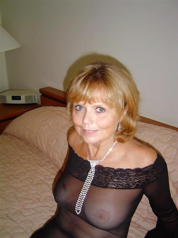 Fling Woman 50 Perverted Seeking Man 45 To