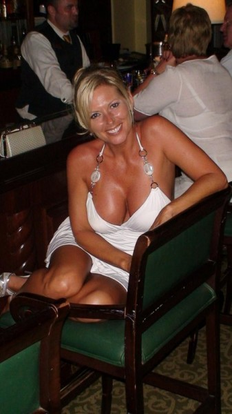 One-night Stand Blonde Divorced Dating
