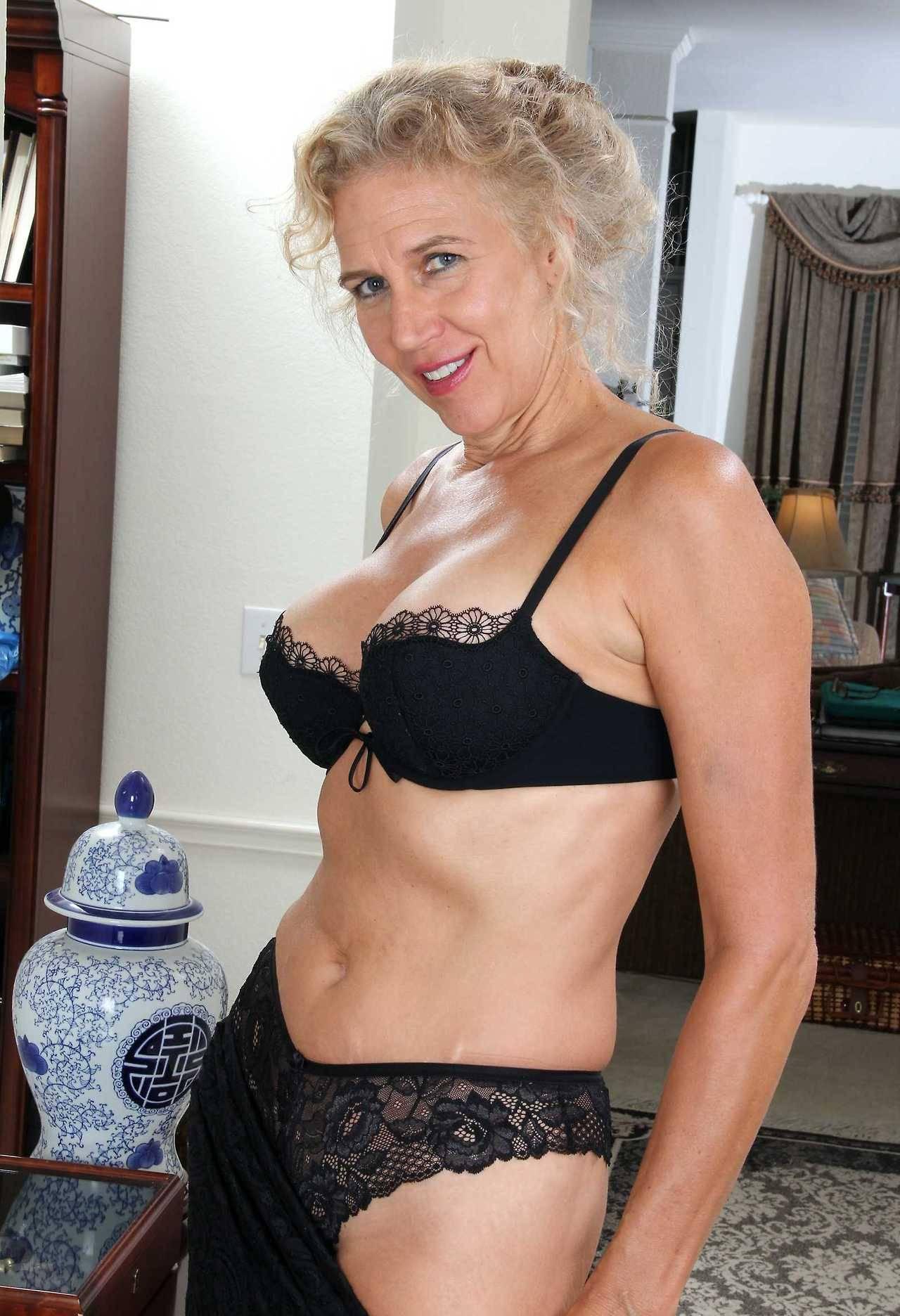 Marria 60 Seeking Woman To Spanish Man 65