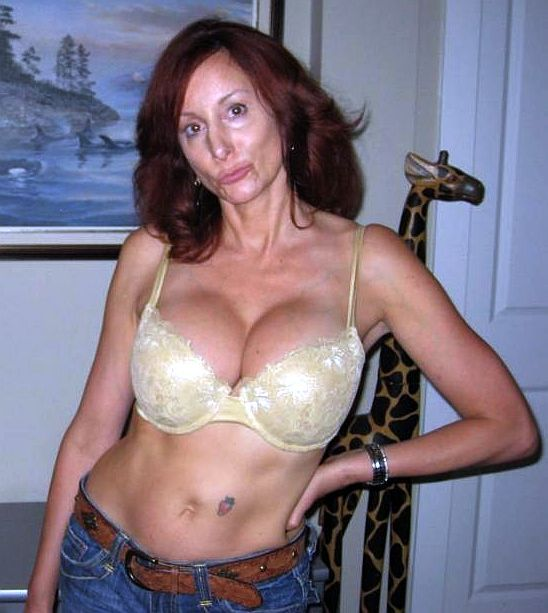 Lotus Woman Sex Looking For Affair Slim