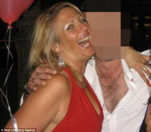 Woman Seeking Man In Blonde Toronto Slim