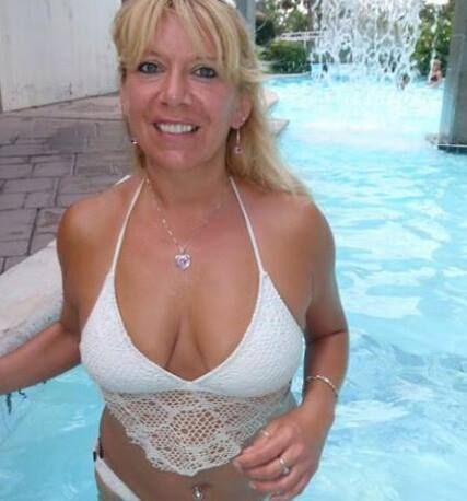 Men Dating Perverted Brunette For Singles Looking