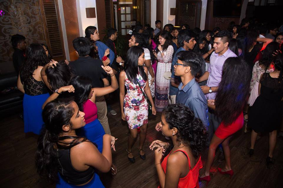 In Hukanawa Night Colombo Sri Nightclub Club Lanka