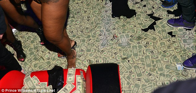 Spain Strip Million Club 1 Dollars