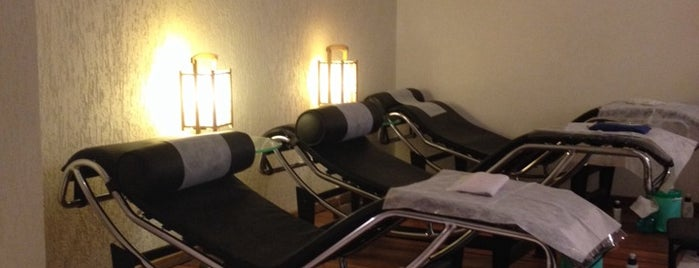Awesome Parlors Massage Paulo Aneesh Clinica So