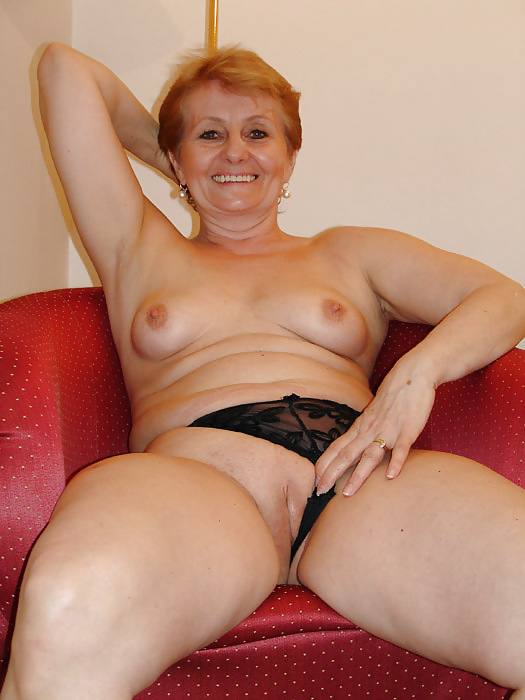 Smooci Woman For Looking 60 To 65 Sex Perverted