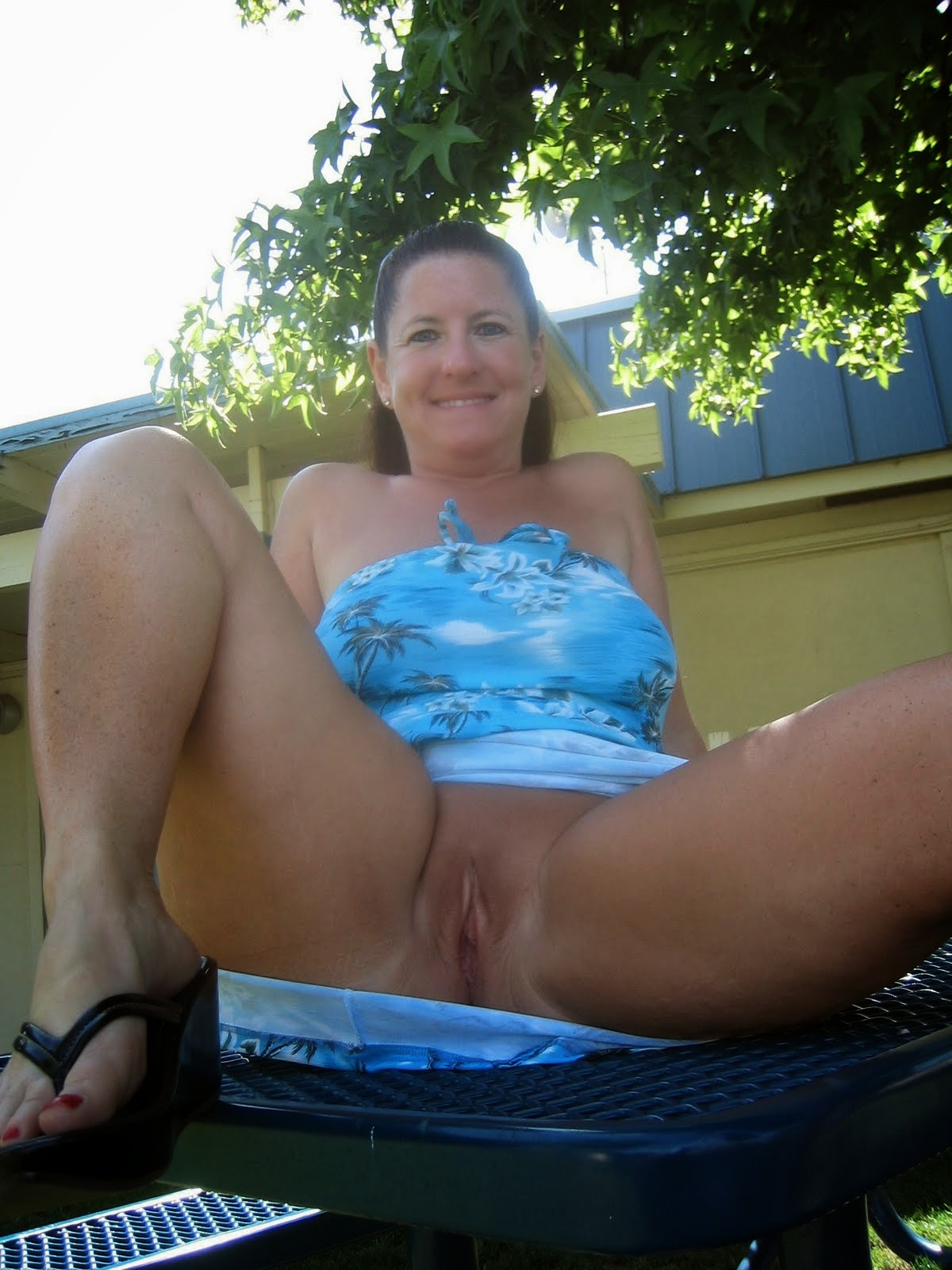 And Housewife Lawrence Ortonpark Escort