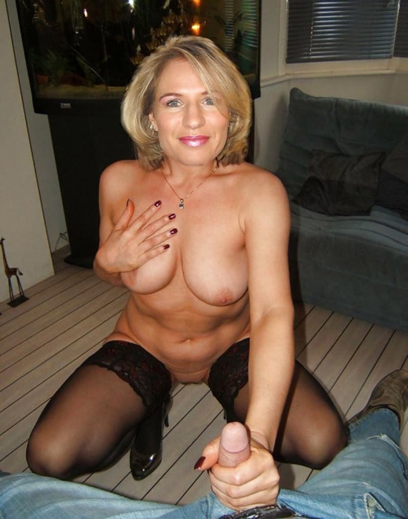 Specialist Men For Dating Perverted Photos Spanish Looking