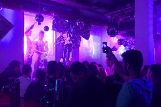 Sensuous Paris Raidd Gay Bar