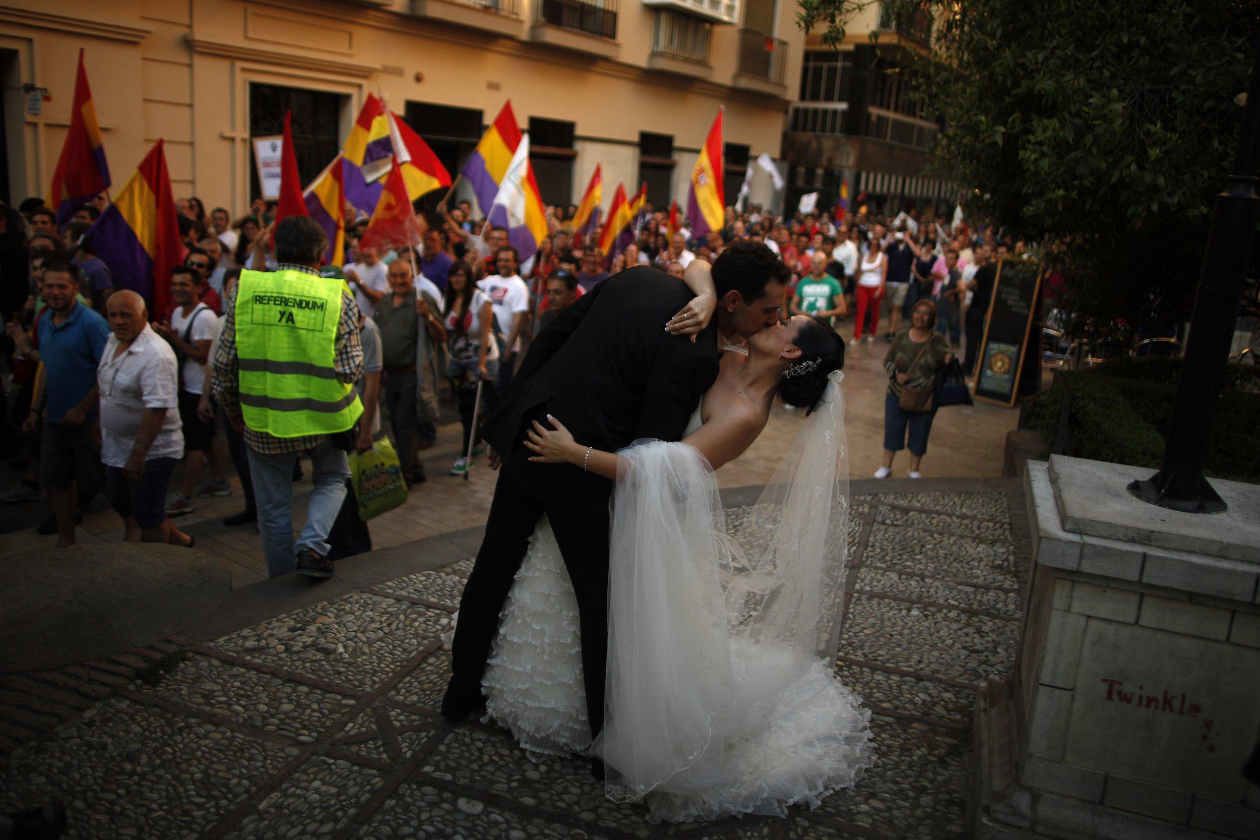 In Spanish Divorced Denver Dating