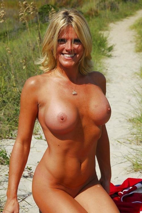 Spanish 45 To 50 Blond Woman Seeking Man