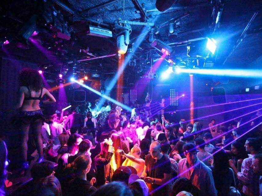 Aresstories Club Marbella Strip Premier Lounge