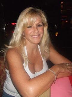 Adrianna In Guy Blond Seeking Toronto Woman