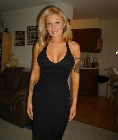 Jules Toronto Divorced In Spanish Dating Blonde