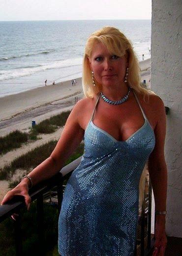 Blond Bitch Women Seeking Men
