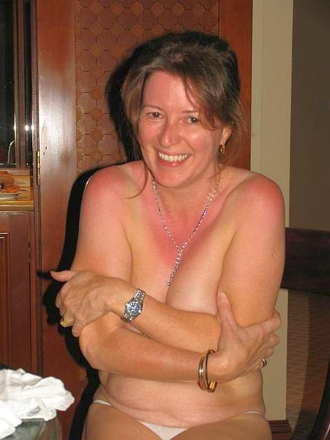 Intimidated To Sex Woman 40 Brunette For 48 Looking