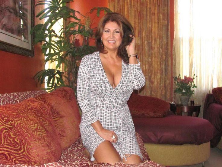 Brunette Windsor In Singles Dating Local