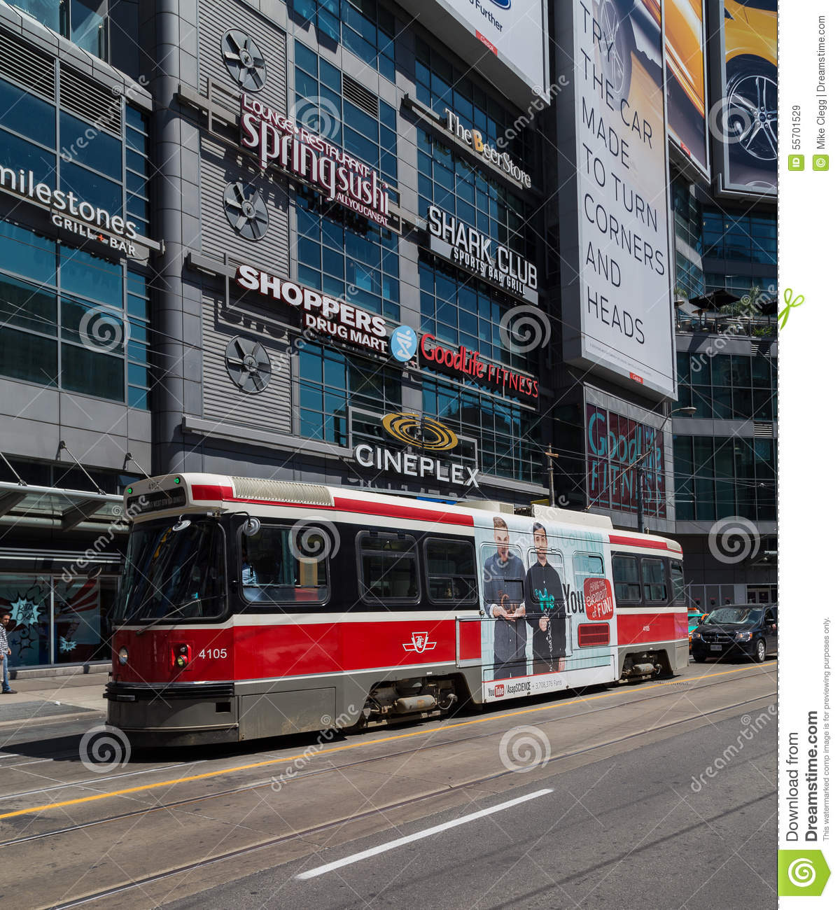 Ladys Yonge And Dating Car Dundas In
