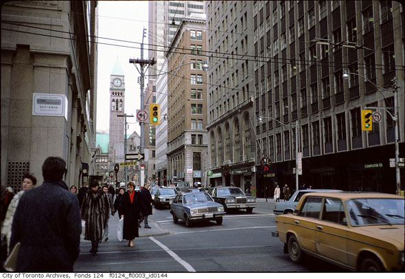 Escort Downtown Toronto Financial District Bay Adelaide Richmond