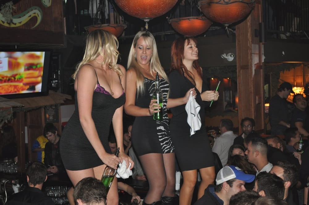 Party Girl Dating Downtown Etobicoke