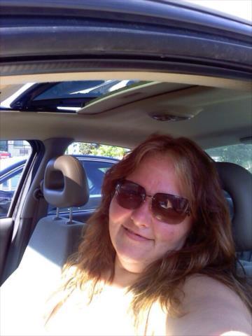 Man Falls Photos Woman Niagara Seeking In Divorced