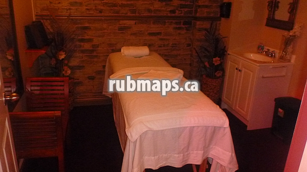Exhale Montreal Parlors Massage Vip Tropical