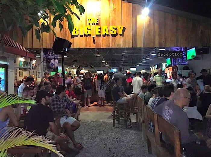 Crissisins Cambodia Sihanoukville Gay In Club