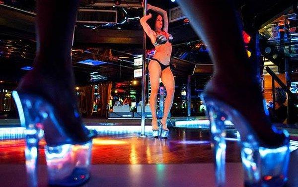 Quam Club Girls Spain In Barcelona Night In