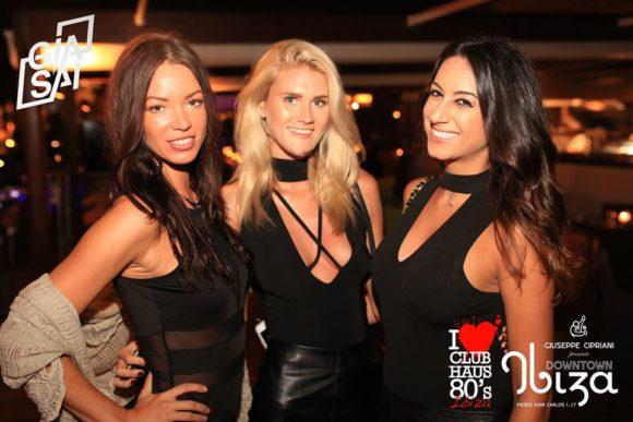Milan Night Club Italy Girls In In