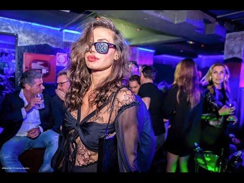 Girls In Night Club In Milan Italy