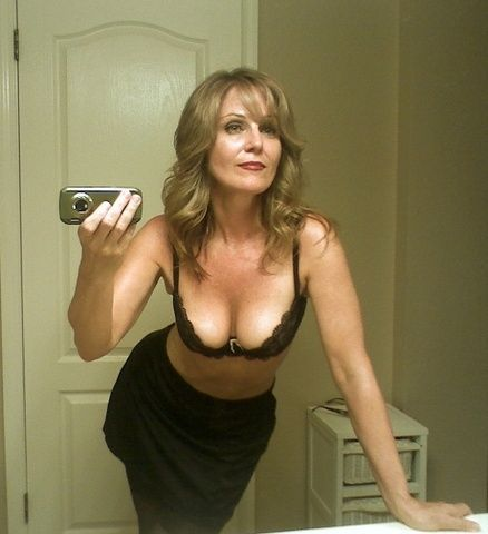 Planning Man Woman Seeking Kinky Photos