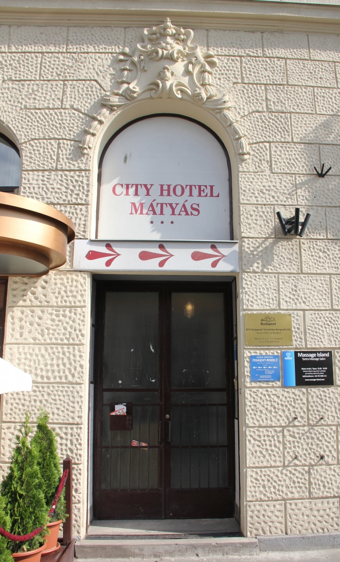 Karins Parlors Massage House Budapest