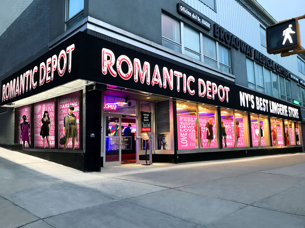 New City York Sex Romantic Megastore Shops Depot