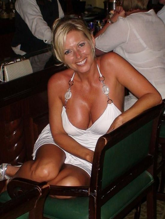 For Sex Spanish Looking Blond Dating Divorced